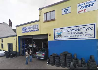 rochester-tyre-services-shop-front
